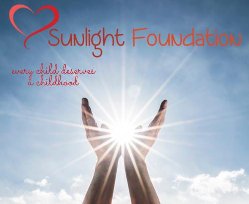 Sunlight Foundation Logo hands holding the sun